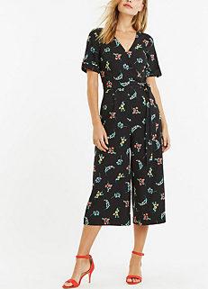 e68b682537d Floral Jumpsuit by Oasis