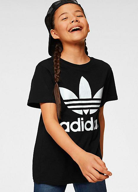 Lo encontré encerrar no se dio cuenta  Trefoil' T-Shirt by adidas Originals | Look Again
